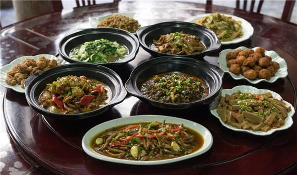 水东十道菜