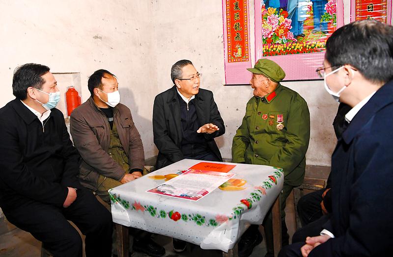 李锦斌在郎溪县、泾县走访慰问和调研时强调