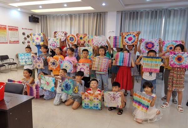 孩子們的作品展示.jpg