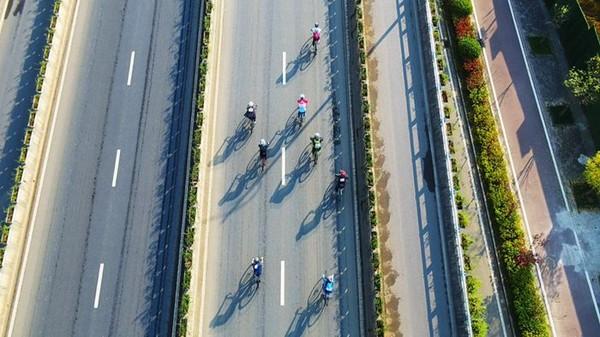 泾县第六届自行车邀请赛开赛!