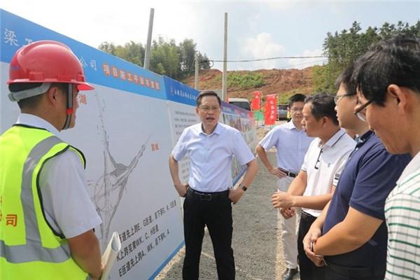 县委书记耿鹏督导重点项目建设工作