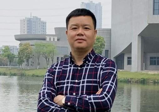 安徽墨药制药股份有限公司董事长  邹庆中
